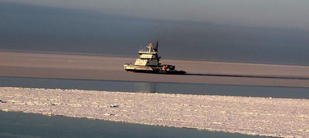 MS Tavastland im Eismeer